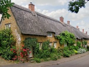 Wroxton Thatched Cottage